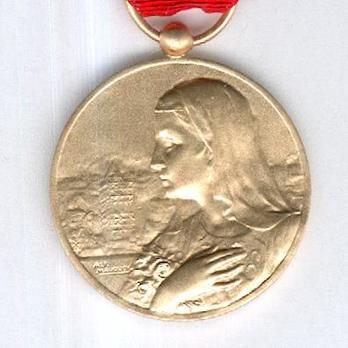 """Bronze Medal (with French and Dutch inscription, stamped """"ALF. MAUQUOY"""") Obverse"""
