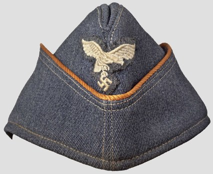 Luftwaffe Female Field Cap (Leader version) Obverse