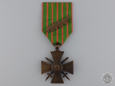 Bronze Cross (with bronze palm clasp, 1914-1915) Obverse