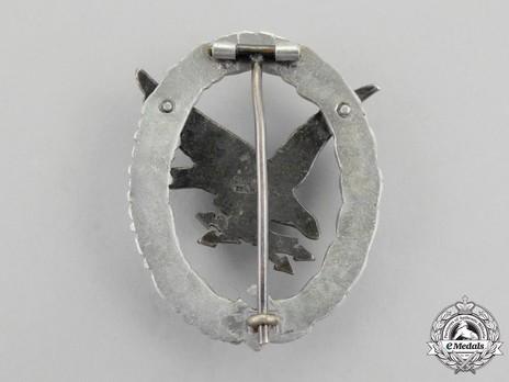 Radio Operator & Air Gunner Badge, by C. E. Juncker (in aluminum) Reverse