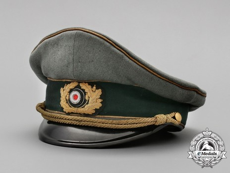 German Army General's Post-1943 Visor Cap (with cloth insignia) Profile