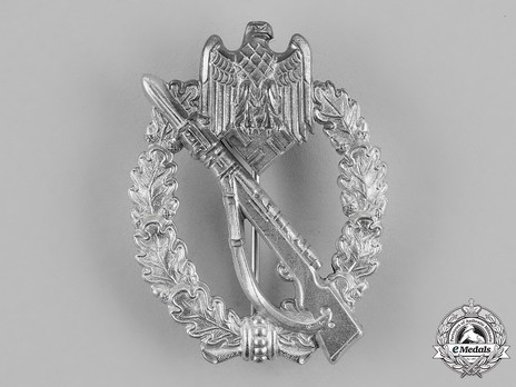 Infantry Assault Badge, by Gottlieb & Wagner (in silver) Obverse