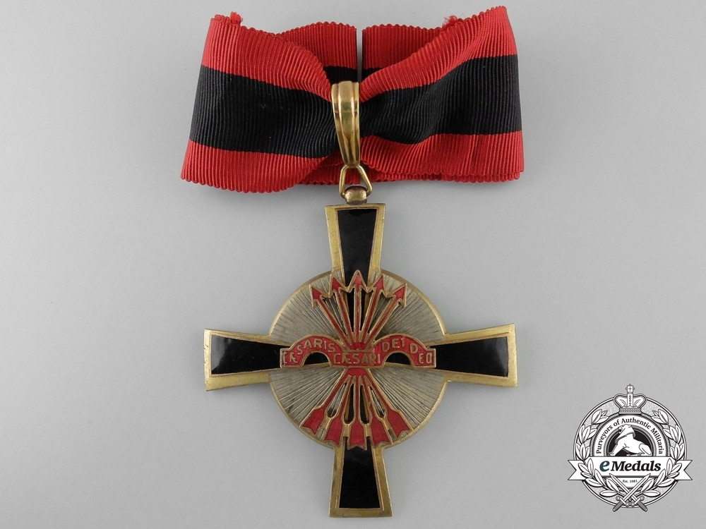 Grand+commander+neck+badge+%28bronze+gilt%29+obverse
