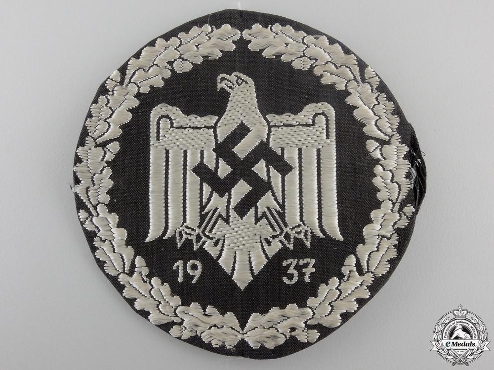 A german league  55c89e7b0c1dd