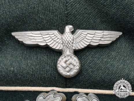 German Army Infantry NCO/EM's Visor Cap Eagle Detail