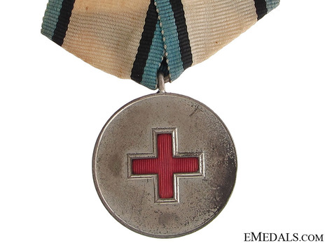 Order of the Estonian Red Cross, Silver Medal Obverse