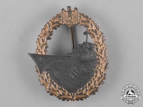 Destroyer War Badge, by W. Hobacher Obverse