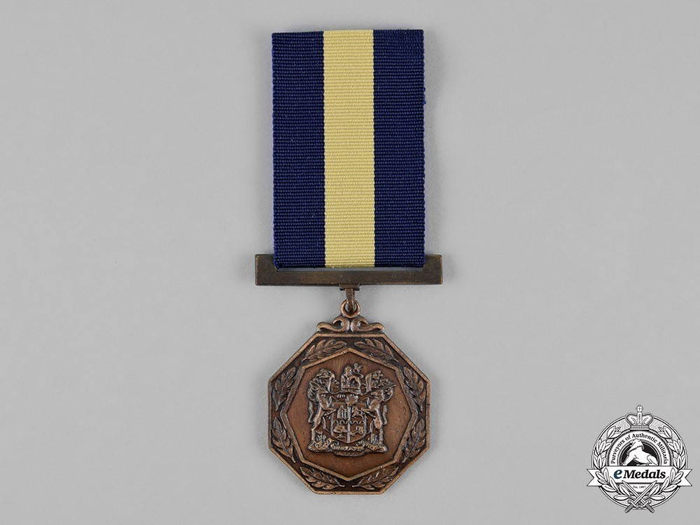 South+african+railways+police+medal+for+combating+terrorism+1