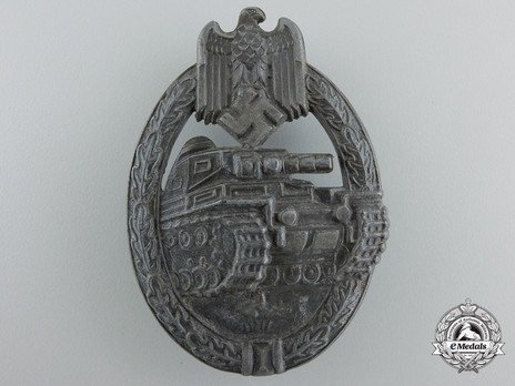 Panzer Assault Badge, in Silver, by Unknown Maker: Seven Wheels Obverse