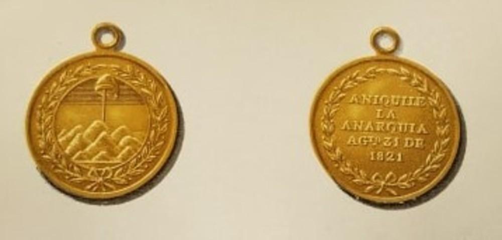 9.+anaquila+la+anarqu%c3%ada+oro+ +plata