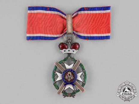Order of the Cross of Takovo, Civil Division, III Class Obverse
