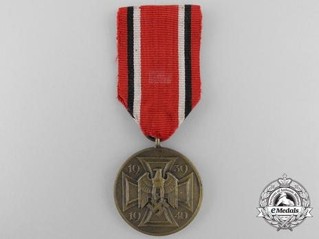 War Commemorative Medal Obverse