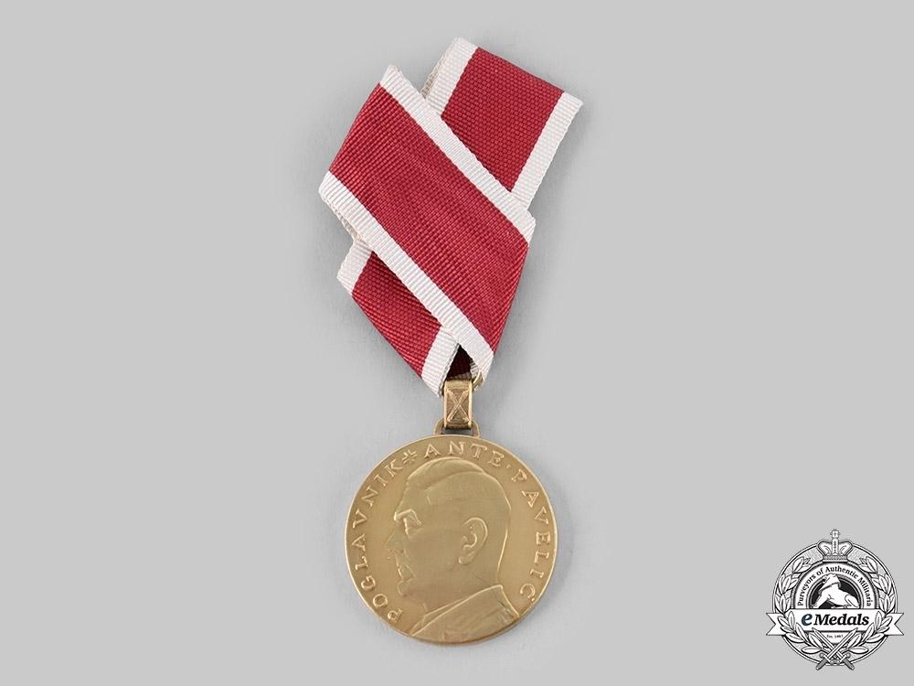 Gold+bravery
