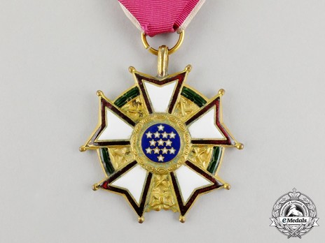 Legion of Merit, Legionnaire (Engraved) Obverse