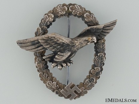 Glider Pilot Badge, by Unknown Maker Obverse