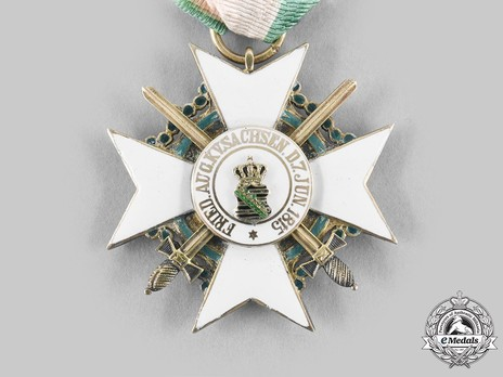 Order of Merit, Type II, Military Division, I Class Knight  (with swords 1914-1918) Obverse