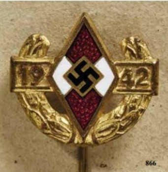 Championship Pin of the Reich Youth Leader, in Gold Obverse