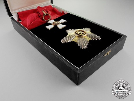Order of the Lion of Finland, Commander Grand Cross Breast Star, Civil Division Case of Issue