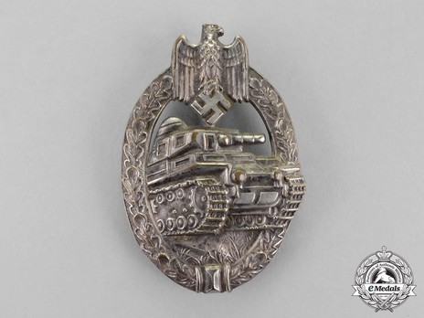 Panzer Assault Badge, in Silver, by A. Scholze Obverse