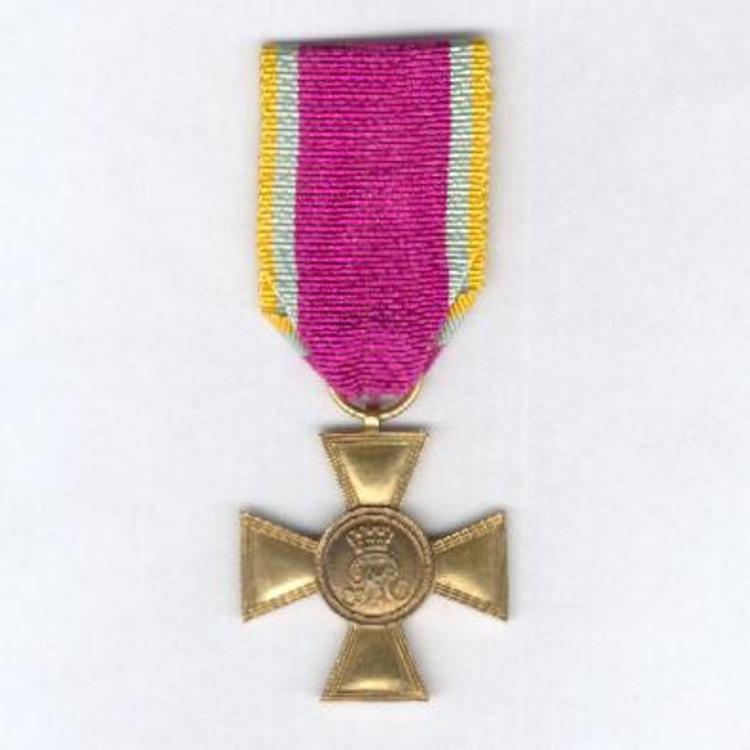 Gilded bronze cross obv