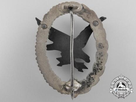 Radio Operator & Air Gunner Badge, by W. Deumer (in zinc) Reverse