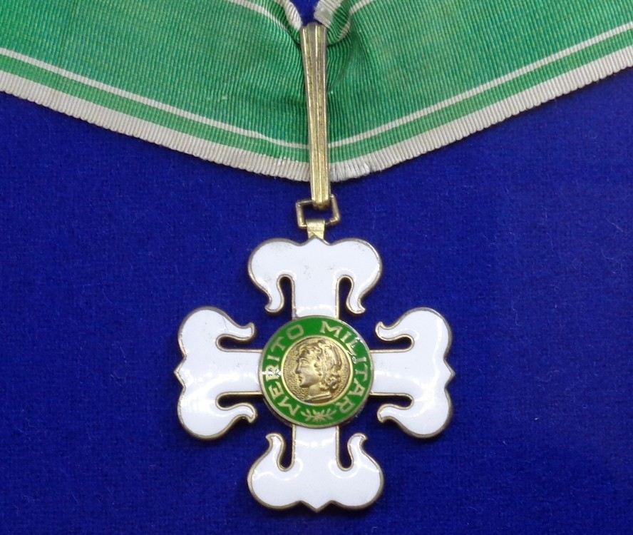 Order of military merit 2nd class insignias %28brazil%29   tallinn museum of orders001