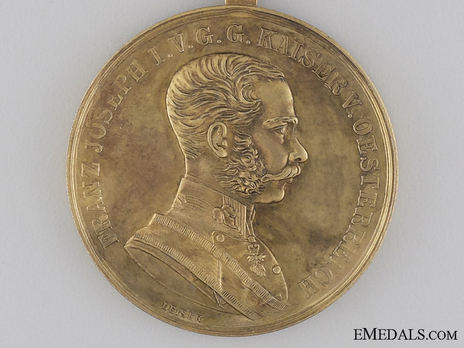 Type VIII, Gold Medal (with oval suspension) Obverse