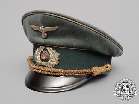 German Army General's Pre-1943 Visor Cap (with metal insignia) Profile