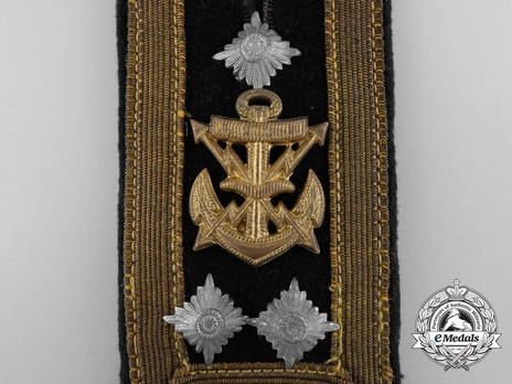 Kriegsmarine Aircraft Warning Stabsoberfeldwebel Shoulder Boards Obverse