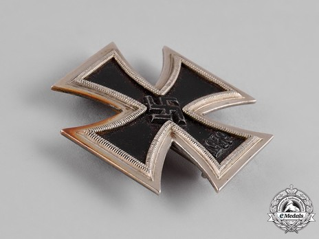 Iron Cross I Class, by P. Meybauer (early pin, marked) Obverse
