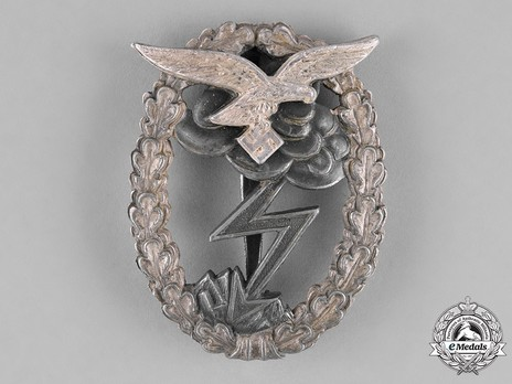 Ground Assault Badge, by A.G.M.u.K. Obverse