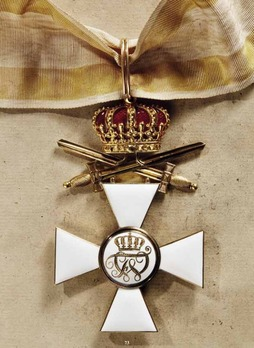 Order of the Red Eagle, Type V, Military Division, I Class Cross (with crown & swords, in gold) Reverse