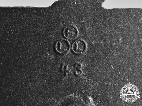 Coastal Artillery War Badge, by F. Linden Detail