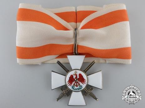 II Class Cross (with swords) (by J. Godet & Sohn) Obverse