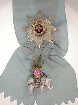 Order of the Elephant, Badge and Star