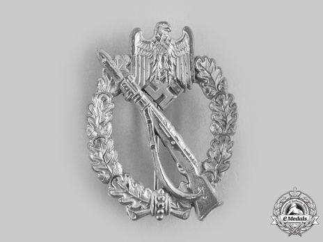 Infantry Assault Badge, by W. Hobacher Obverse