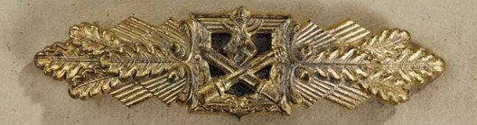Close Combat Clasp, in Gold, by Funcke & Brüninghaus Obverse