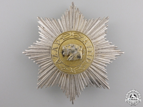 I Class Star (for non-combatant service, without swords) Obverse