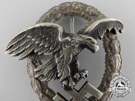 Observer Badge, by Assmann (in nickel silver) Detail