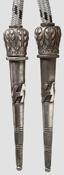 Allgemeine SS Aiguillette (2nd pattern) Detail