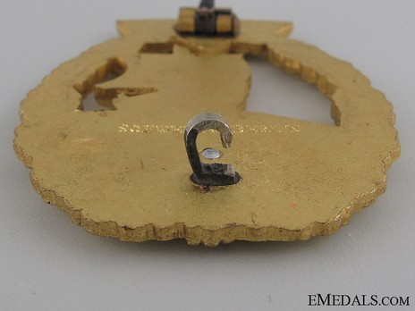 Naval Auxiliary Cruiser War Badge, by C. Schwerin (in tombac) Detail
