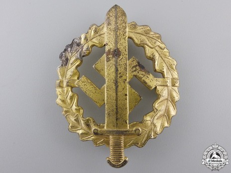 SA Sports Badge, Type III, in Gold Obverse
