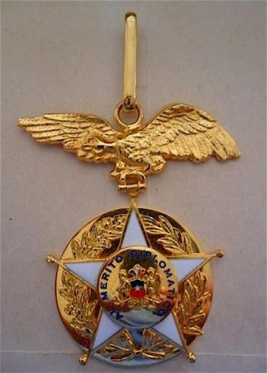 Diplomatic+merit+decoration