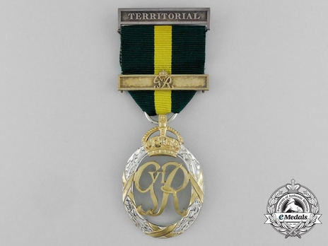 Decoration (for Territorial Army, with GVIR cypher, with 1 clasp) Obverse