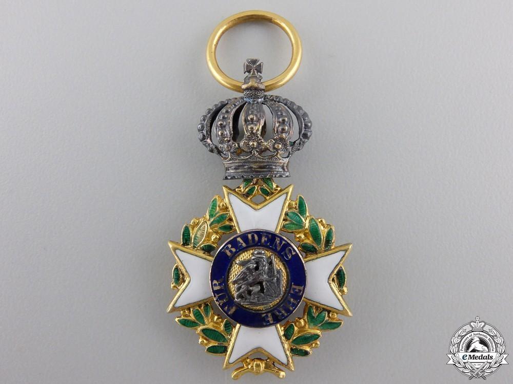 A rare military  551a9cadea339