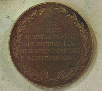 Medal for Loyal Services in Air District Western France Reverse