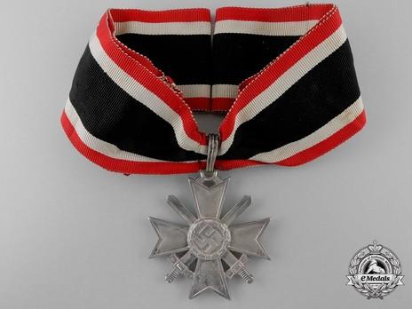 Knight's Cross of the War Merit Cross with Swords, by Deschler (1) Obverse