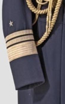 Kriegsmarine Vizeadmiral Sleeve Stripes Obverse