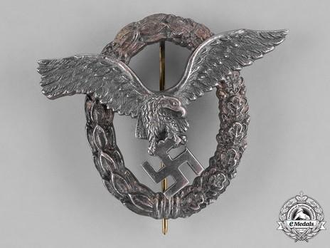 Pilot Badge, by Brüder Schneider (in nickel-silver) Obverse