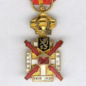 Miniature Gold Medal (for Service from 1918-1929)
